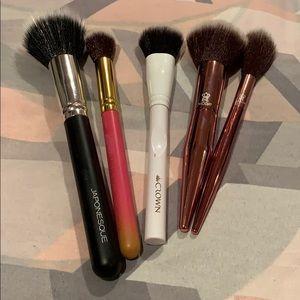 Japonesque , luxie, crown, R&L brushes